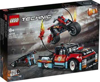Конструктор LEGO TECHNIC Шоу трюков на грузовиках и мотоциклах