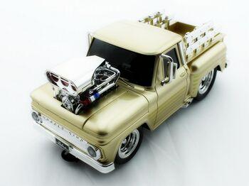 Радиоуправляемый Пикап из серии Muscle Car с гоночным Мотором 1/16 свет и звук