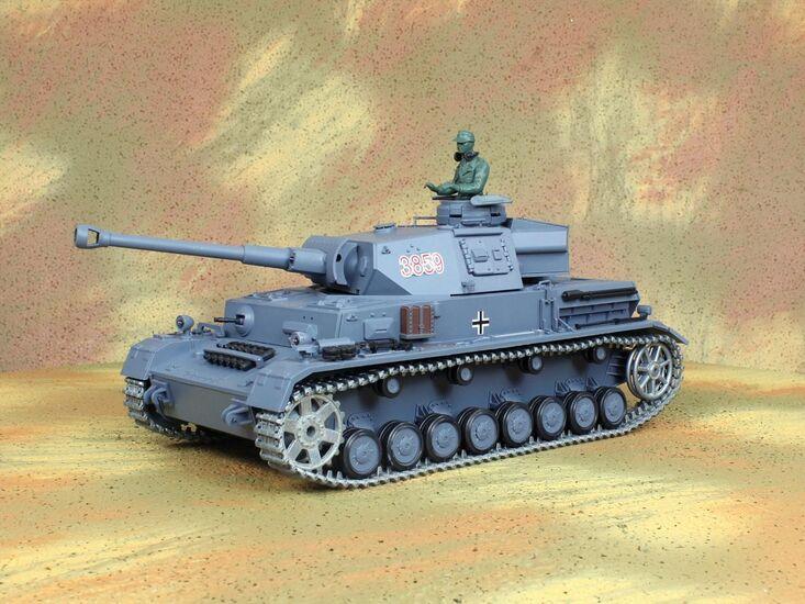 Радиоуправляемый танк Heng Long Panzerkampfwagen IV Ausf.F2.Sd.Kfz PRO Professional Version 1:16